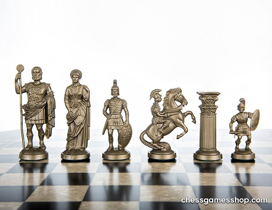 Roman Chess Pieces gold | black weighted